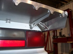 "1979-1993 Mustang 15"" Hatch Wing - Strutless"